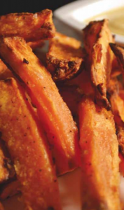 Sweet-Potato-Fries-with-Curried-Yogurt